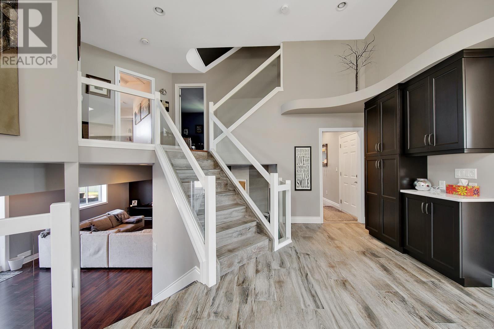 1368 Emma Street - Stairwell