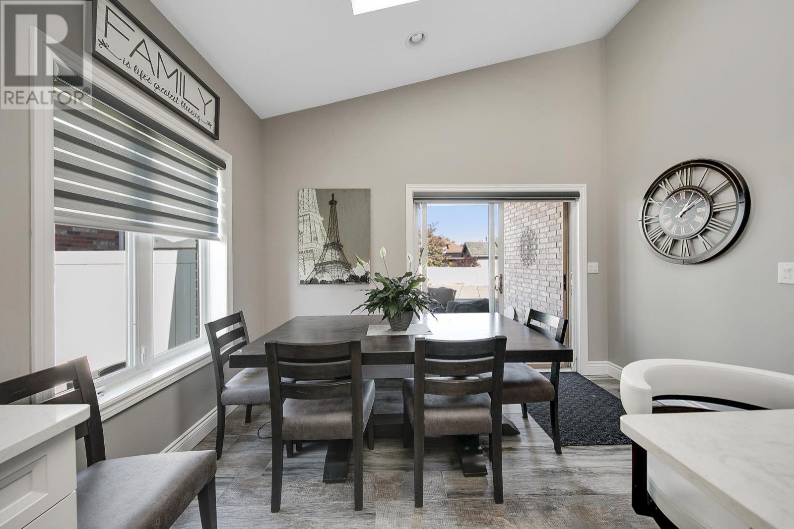 1368 Emma Street  - Dining Room